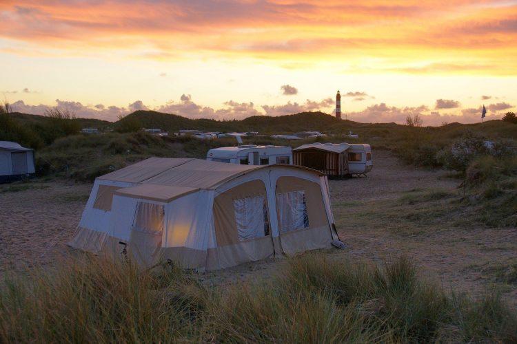 Camping mit Luftbett